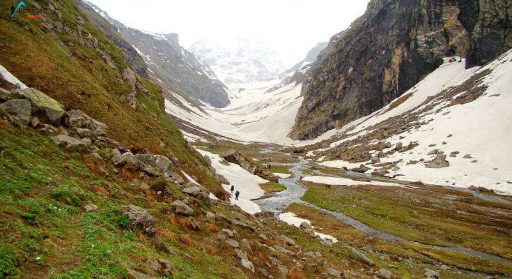 Hampta Pass Trekking Destinations in Himachal