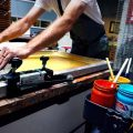 How to Choose a Screen Printing Service in